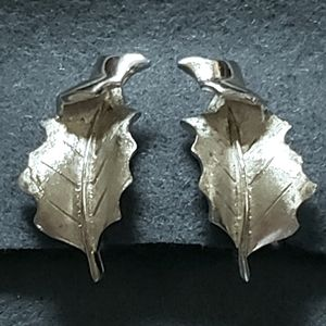 Trifari Silver Toned Leaf Clip On Earrings